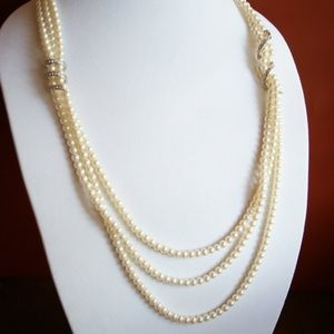 Vintage Carolee Pearl Rhinestone Necklace Triple